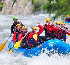 Trancura river family rafting