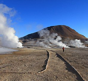 Tour Géisers del Tatio and Machuca