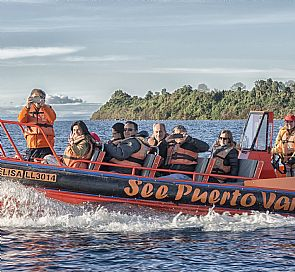 Sailing Tour in Puerto Varas