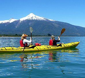 Tour de kayak pelo estuário de Reloncaví