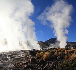 ¿Por qué no te puedes perder los Géisers del Tatio en San Pedro de Atacama?