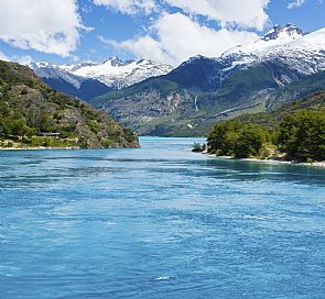 What parks and national parks to visit on the Carretera Austral Sur?
