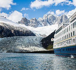 Australis Cruise by La Ruta de Darwin I Tierra del Fuego