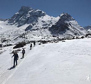 Passeio com raquetes de neve pelo Cajón del Maipo