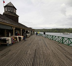 Tour through the coastal towns of Chiloé