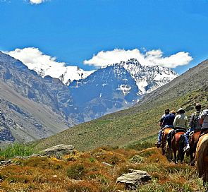 Horseback riding through the Andes