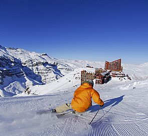 Tour Farellones and Valle Nevado