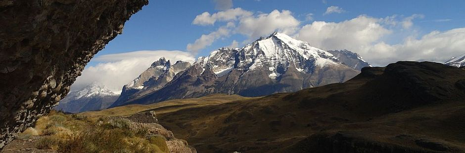 Hiking desde portería Lago Sarmiento en el Parque Nacional Torres del Paine