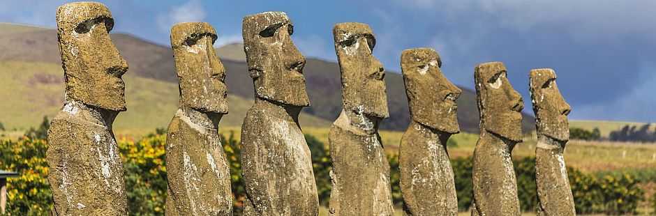 Tour por los ahu Tahai, Akivi y Uri a Urenga, y la cantera Puna Pau