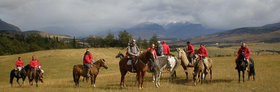 Cabalgatas por campos de la Patagonia en Carretera Austral